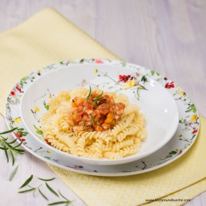 Nudeln mit Fisch-Bolognese
