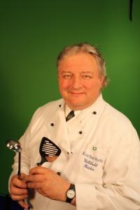 Willi Haider präsentiert als erster seine Alt-Wiener Küche auf CookMile.