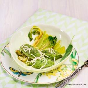 http://www.kochenundkueche.com/rezepte/spinat-salbei-nocken-mit-stangensellerie-und-parmesan