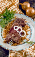 Grillspieße mit gemischtem Fleisch