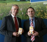 Tirol Milch Obmann Hans Schweiger und GF Andreas Geisler (v.l.) sind stolz auf die Exporterfolge