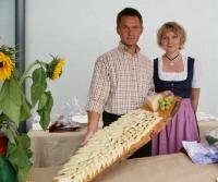 ... der Pinzgauer Bierkäse am Heffterhof präsentiert.