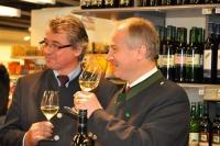 Weinbaudirektor Werner Luttenberger und Landesrat Hans Seitinger