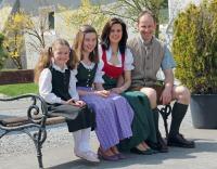 Petra und Konrad Liebchen mit den Töchtern Fiona und Pia