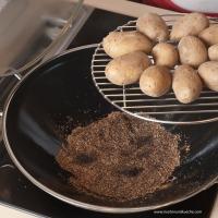Erdäpfel | Kartoffeln räuchern mit dem Wok 7