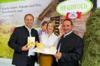 Präsentierten die Heumilch-Käsesprache: Andreas Geisler (Koordinator ARGE Heumilch), Dagmar Gross (Projektleiterin) Karl Neuhofer (Obmann ARGE Heumilch).