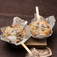 Quitten-Tartelettes mit Streusel
