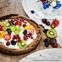 """Schoko-""""Pizza"""" mit Früchten"""