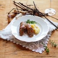 Pikante Rouladen mit weißem Burgunder