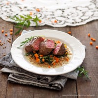 Steak mit Spinat-Dinkelreis