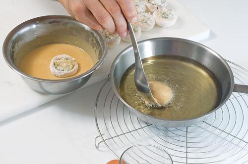 gef llte champignons im bierteig kochrezepte von kochen k che. Black Bedroom Furniture Sets. Home Design Ideas
